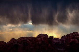Nightfall-Arches-National-Park
