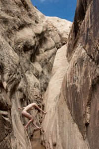 Slot-Canyon-Figure
